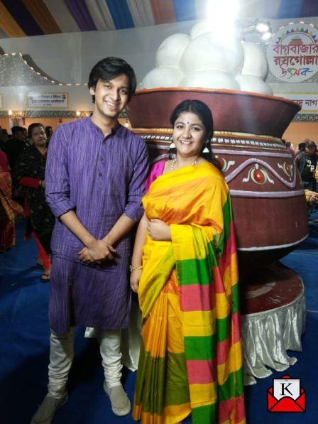 Bengali Film Rosogolla Lead Pair at Bagbazar-o-Rossogolla Utsob