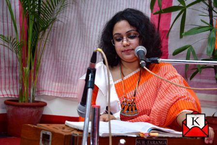 Musical Evening Amare Debona Bhulite Organized by Chhayanat
