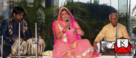 Indian Folk Singer Malini Awasthi's Performance in Kolkata